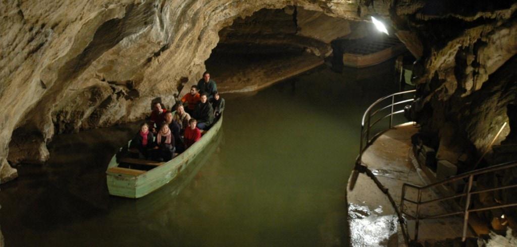 grotte-de-remouchamps-1150_550
